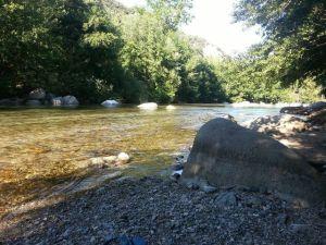El río Tech a su paso por Arles