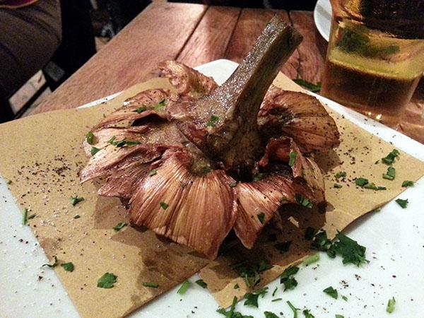 Carciofo alla giudia (Alcachofa frita)
