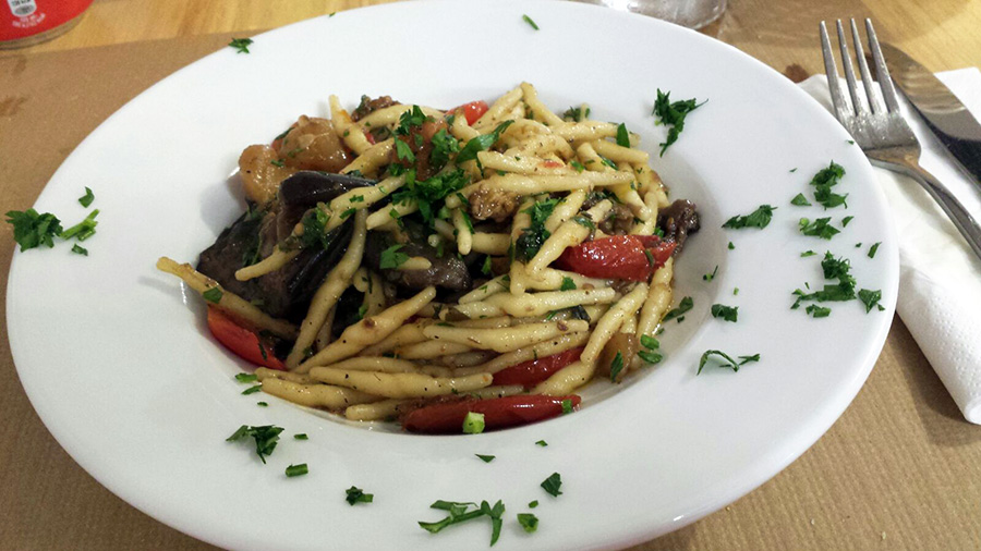 trofie-con-verduras-scala-spazio-al-gusto