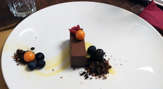 Torta raw al gianduia con crema all'albicocca _Soul Kitchen